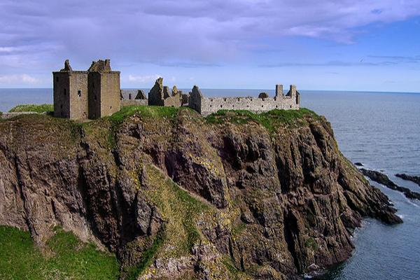 Замок Даннотар. Шотландия. Стонхейвен.
