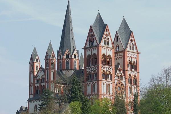 Кафедральный собор Лимбурга. Германия. Лимбург-ан-дер-Лан.
